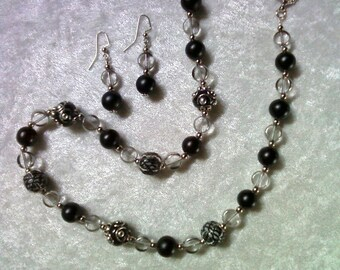 Black and Silver Chunky Necklace and Earrings (1119)