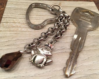 Happy frog Charming and unique keychain heart ring bronze tear drop faceted bead drop fun accessory