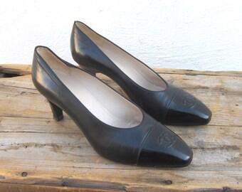 80s Vintage Chanel Double CC Leather and Patient Black Pumps Size 37