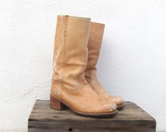 70s Vintage FRYE Distressed Tan Leather Campus Cowboy Riding Bohemian Hippie Boots Mens Size 9.5, Ladies 10.5