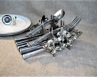 Buffet Utensil Caddy / Silver Metal Flatware Caddy Holder for Dinner Party, Buffet, Entertaining / Cutlery  Caddy for Knives Forks Spoons