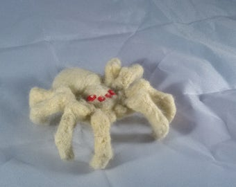 Large Needle Felt Spider