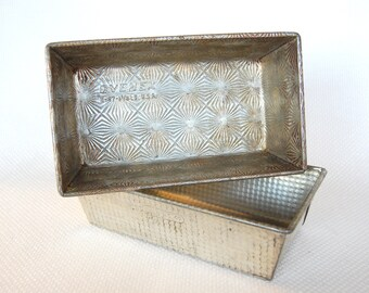 Set of 2 Vintage Ovenex Steel Loaf Pans 9.5 X 5.5 X 2.5 Inches Ovenex by Ekco No. 47 Full Size Steel Loaf Pans Starburst and Waffle Texture
