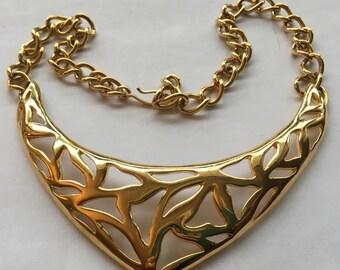 Vintage Monet Large Choker Necklace Gold Tone