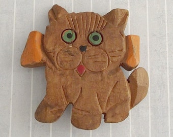 Vintage Carved Wood Cat Pin, Painted Kitten Kitty Brooch, Feline Jewelry, Cat Lovers Gift