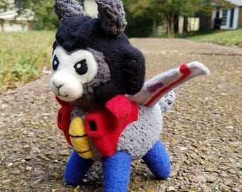 Alpacaformers! G1 Starscream MADE TO ORDER needle felted soft Transformers doll plush