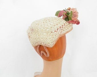1950s lace hat with rose, vintage tilt Helmaine New York