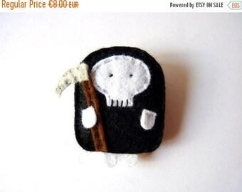 Little Death felt brooch or keychain, halloween character, gift for boys