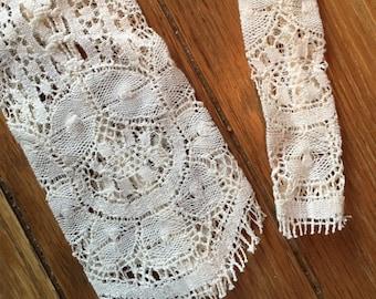 SALE! Vintage Lace Necktie Neck-tie Delicate, Versatile, Artsy