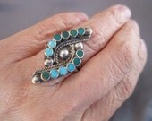 Vintage Sterling Turquoise Zuni Petit Point Ring
