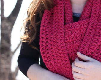 Pink Scarf; pink chunky scarf; pink knit scarf; pink accessories; soft scarf; pink loop scarf; crochet scarf; infinity scarf; loop scarf