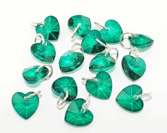 5 May Birthstone Beads Beautiful New Heart Design in Emerald - BD417 -
