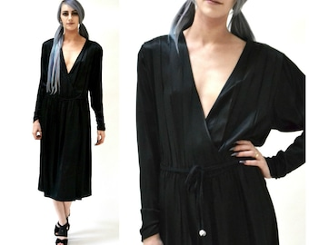 Vintage Black Silk Dress Size Medium Plunging Neckline// 80s 90s Vintage Black Silk Wrap Dress Medium