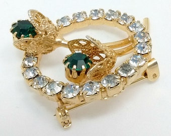 Vintage Sparkling Clear Rhinestone Wreath Gold Tone Filigree Emerald Rhinestone Flowers Brooch Pin