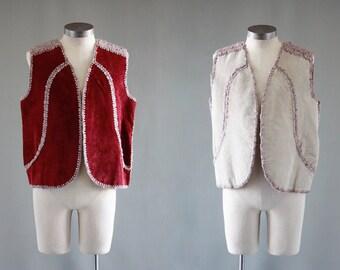 ROLE REVERSAL Vintage 70s Vest | 1970s Mens Reversible Suede & Crochet Vest | Funky Leather Top w/ Pockets | Hippie Boho Festival | Sz Large