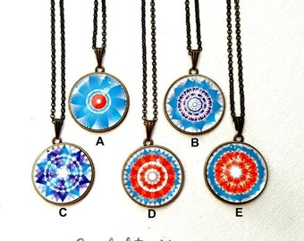 30OFF Xmas - Collection Handmade Kaleidoscope Necklace Glass Dome Cabocbon Pendant/Jewelry Bronze Necklace Gift NC646(A-E)#346