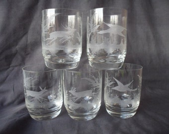 Set of 5 Vintage short Tumblers Etched Glasses Ducks & Deer Designs