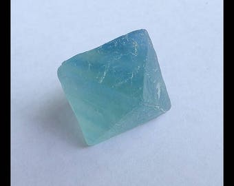 Nugget Faceted Fluorite ,Green Fluorite Cabochon,25x18x18mm,9.9g(c0869)