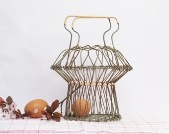 French vintage wire eggs basket, fruits basket, original shaped mid century wire basket