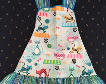 Toddler - apron - Cats and lots more cats - size 1-3
