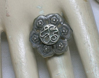 Antique Chinese ring, formerly a Hairpin. Butterfly, Character, Floral motif. Sterling Silver. ID2