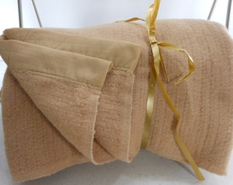 USA Vintage Blanket Acrylic Toast Tan