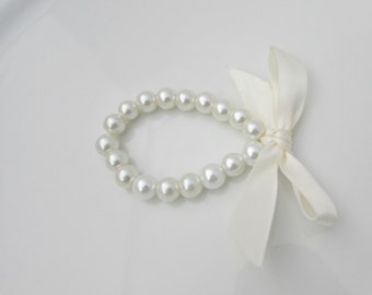 Pearl Bracelet, Ribbon Tie Pearl Bracelet, Ivory Ribbon Pearl Bracelet, Bridesmaid Gift, UK Seller, Flower Girl Bracelet, Bridal Shower