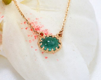 Vintage Emerald Necklace in 14k Yellow Gold, May Birthstone Gemstone Jewelry Gift for Her