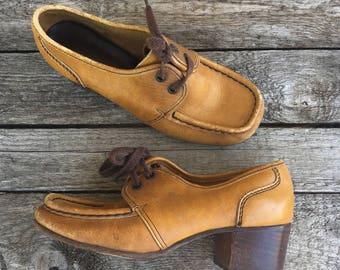 sz 6 | Women's 1960's Vintage Shoes Moc Toe Chunky Heel Oxfords