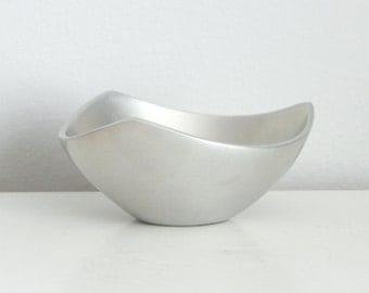 Vintage Nambe Bowl 526, Vintage Nambe Tri Corner Bowl, Minimalist Metal Bowl, Silver Bowl
