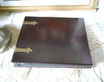 Photo Album The Bombay Co. Dark Burgundy Hardcover Metal Corner Page Tips Dark Brown Faux Leather Edges Unused Photo Album Front Brass Hinge