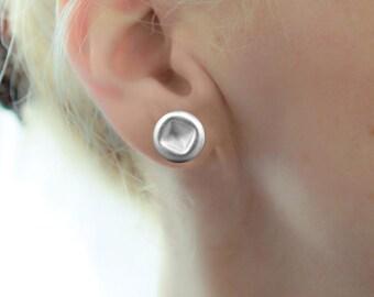 Silver Stud Earrings, Round Earrings, Small Geometric Earrings, Simple earrings, Minimalist Earrings, Classic Earrings, Everyday Earrings