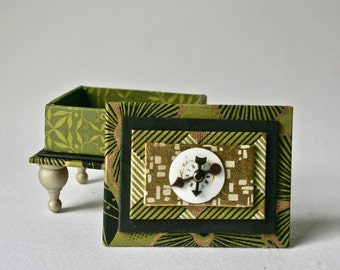 Green Handmade Box with Porcelain Watch Face for Gifts and Decor