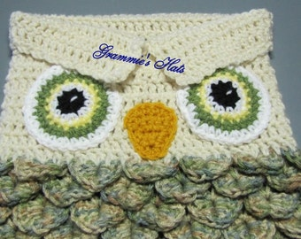 Baby owl cocoon with open eyes. Aspen and aran. Includes beanie