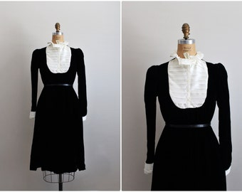 60s ColorBlock Velvet Dress / Holiday Dress / Black and White Tuxedo Dress / 1960s Party Dress / Size M/L