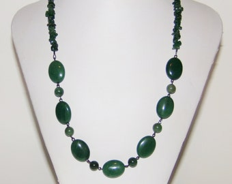 Green Necklace, Beaded Necklace, Handmade Necklace, Womens Necklace, Green Aventurine Necklace, Gemstone Necklace