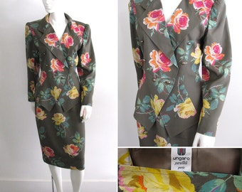 Vintage 1980s Ungaro Parallele Rose Patterned Double Breasted Skirt Suit
