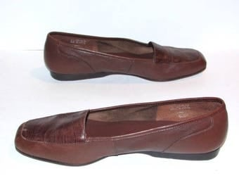 Vintage Brown Leather Enzo Angiolini Loafers, 1980's Slip On Flats,  Size 9 M