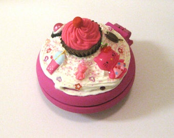 Decoden Cupcake Compact Mirror/Brush