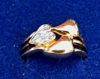 Vintage 14K Gold Plate Triple Heart with 3 Crystals size 6