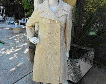 Vintage 1970's Cream Colored Wool Coat - Size 12