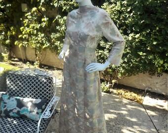 Vintage 1960's Beige Floral Brocade Evening Dress - Size 16
