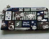 "Mask Zipper Pouch with Pocket Made with Japanese Cotton Oxford Fabric ""Harry Potter and Friends"" Navy/Brown/Grey  Size: Medium"