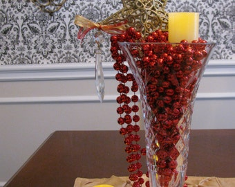 Small Crystal Vase Holiday Star & Beads Centerpiece