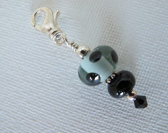 Pale Green with Black Dots Scissor Fob