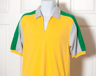 Vintage 80s Men's Collared tshirt - green yellow light grey