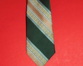 Vintage Men's Neck Tie Necktie Sears The Men's Store Green Beige Tan 55 Inches Long