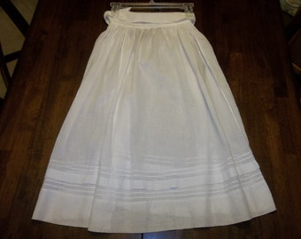 Antique Victorian Lawn Skirt..Good Condition....Victorian Clothes...Historic...CHILDS...FREE SHIPPING