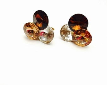 Vintage Clip On Earrings, large Rhinestones, gold Tone, Clearance SALE, Item No. B786