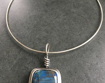 Labradorite Necklace, Handmade Necklace,Labradorite Pendant, Omega Chain, Sterling Silver